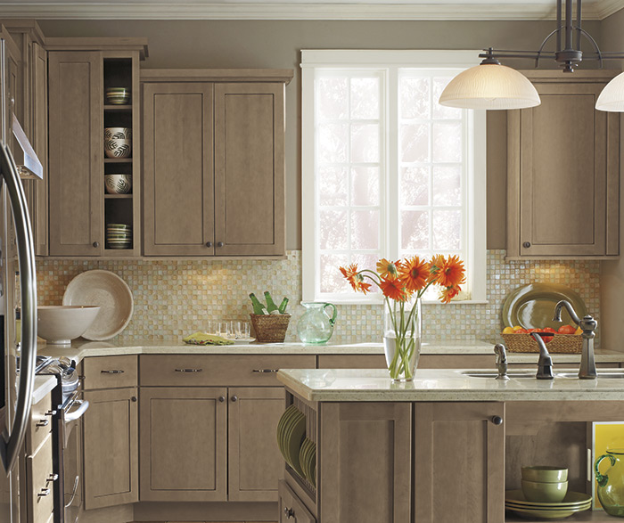 White Kitchen Cabinets For Sale: Diamond Semi Custom Bathroom And Kitchen Cabinets Lake